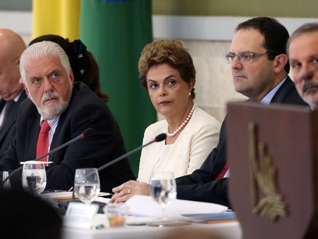 Dilma participa de reunião do Conselho de Desenvolvimento Econômico (Foto: André Dusek/Estadão Conteúdo)