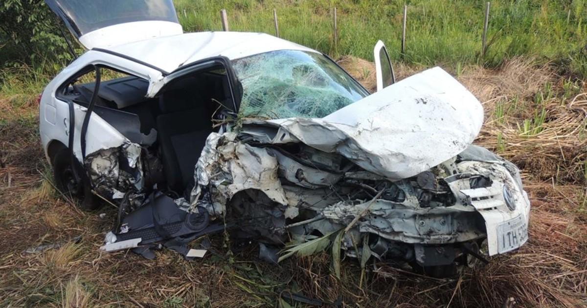 Jovem morre após acidente entre dois carros em rodovia do RS - Globo.com