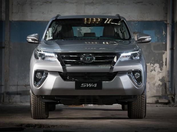 Nova Toyota SW4 (Foto: Divulgação)