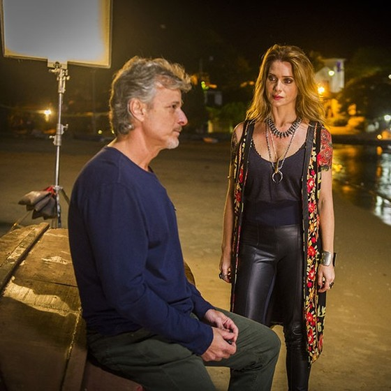 Marcello Novaes, que vive Vittório, e Letícia, que interpreta Lenita, contracenam novamente na TV (Foto: Divulgação/ Rede Globo)
