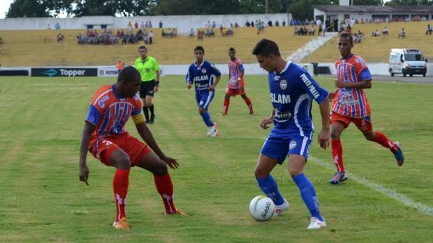 Lance da partida entre São José e São Francisco, pela Copa São Paulo de Futebol Júnior (Foto: Danilo Sardinha/Globoesporte.com)