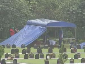 Homem foi enterrado nesta sexta-feira (Foto: Reprodução / TV TEM)