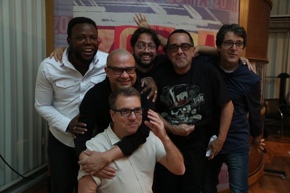 Elenco do Zorra brinca nos bastidores da coletiva (Foto: Isabella Pinheiro/Gshow)