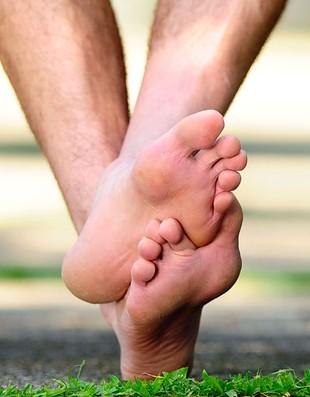 close dos pés de Rogério Ceni (Foto: Marcos Ribolli / Globoesporte.com)