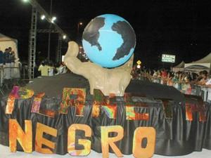 Carnaval Sorocaba - Planeta Negro (Foto: Sonia Maria Gonçalves / Programa Integração Digital)