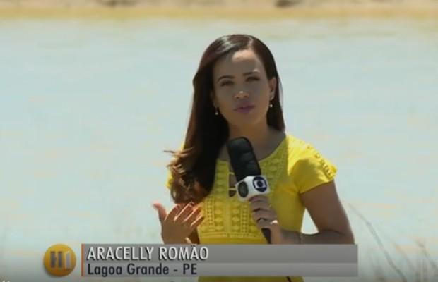Aracelly Romão esteve em Lagoa Grande para ver o efeito do fenômeno Seca Verde (Foto: Reprodução/ Jornal Hoje)