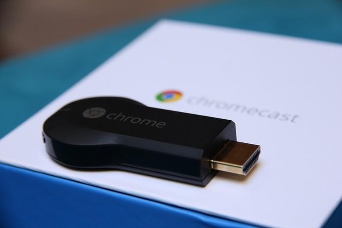 Chromecast funciona no Brasil com configurações em português (Foto: Anna Kellen Bull/TechTudo)