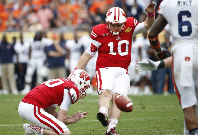 Rafael Gaglianone kicker Wisconsin Badgers Outback Bowl futebol americano (Foto: Getty Images)