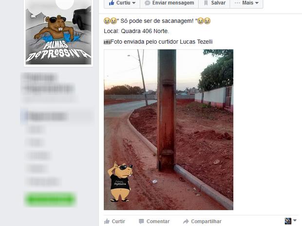 Imagem de poste no meio da rua viralizou nas redes sociais (Foto: Reprodução/Facebook)
