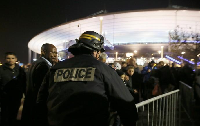 Torcida Stade de France (Foto: Reuters)