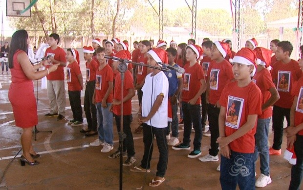 Peças de teatro e apresentações musicais fizeram parte da ação (Foto: Roraima TV)