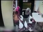Imagens mostram quadrilha roubando casa de praia em Itamaracá
