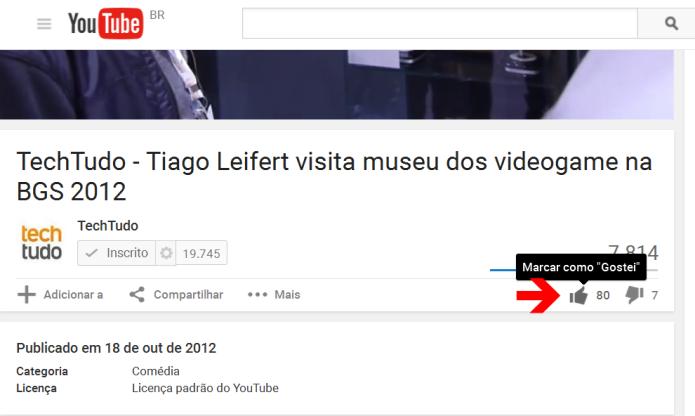 Favoritando um vídeo no YouTube (Foto: Reprodução/Lívia Dâmaso)