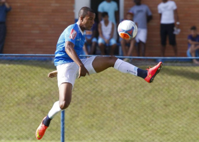 breno lopes treino cruzeiro (Foto: Washington Alves/Lightpress)
