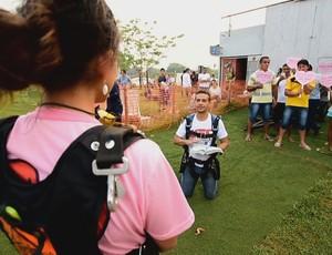 Pedido de casamento no aeroclube (Foto: Reprodução/ TV Rondônia)