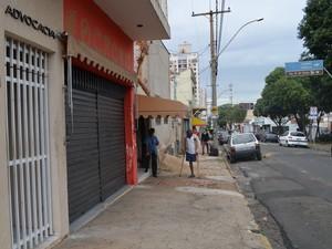 Sorveteria fechou por falta de energia em Piracicaba (Foto: Thomaz Fernandes/G1)