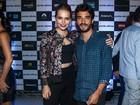 Letícia Colin e Caio Blat vão a pré-estreia de filme em São Paulo