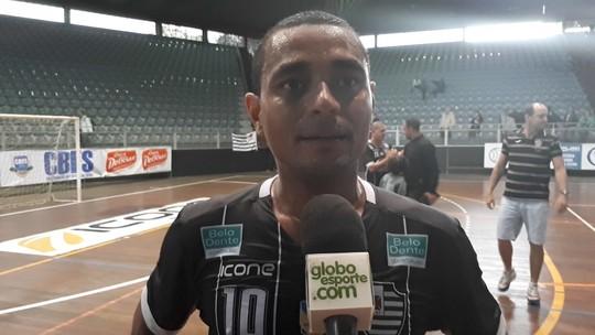 """Mesmo com vantagem, Tuti quer Álvares ofensivo contra o Tupi: """"Pensar na vitória"""""""
