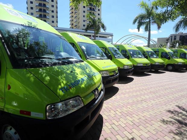 Várias cidades receberam as vans do Estado (Foto: Rogério Santana/Divulgação Secretaria de Governo)