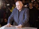 Gorbachev visita Berlim para a festa dos 25 anos da queda do Muro