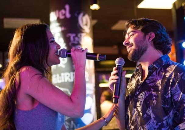 Mariana Rios grava música com o Atitude 67 (Foto: Divulgação)