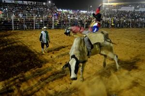 Abertura do Rodeio da Expoacre 2015 (Foto: Nathacha Albuquerque)