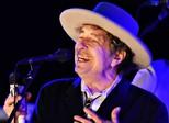 Silêncio de Dylan sobre Nobel pode deixá-lo sem prêmio de US$ 900 mil