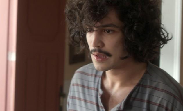 'Os dias eram assim': Gabriel Leone é Gustavo (Foto: TV Globo)