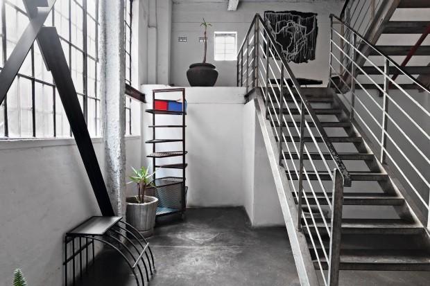 Loft estilo industrial (Foto: Lufe Gomes / Editora Globo)