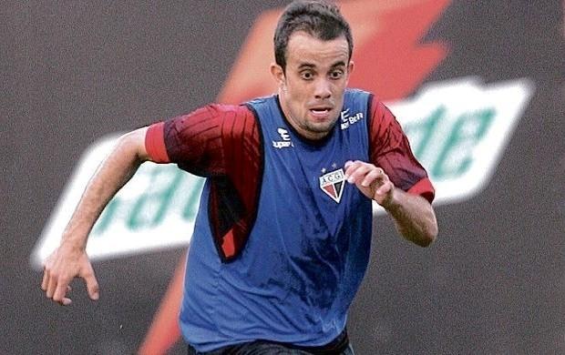 Rafael Cruz, lateral do Atlético-GO (Foto: Renato Conde / O Popular)