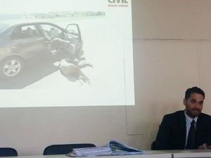 Delegado apresentou conclusão do inquérito e simulação do crime (Foto: Anna Lúcia Silva/Divulgação)