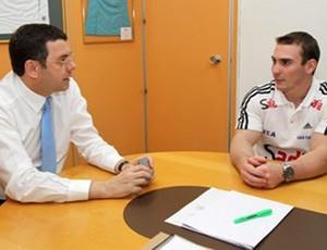 Arthur Zanetti com ministério do esporte (Foto: Divulgação)