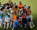 """Uruguaios comemoram classificação às oitavas: """"Emociona vê-los jogar"""""""