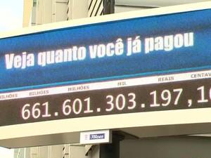 Impostômetro é inaugurado em Vitória, no Espírito Santo (Foto: Reprodução/TV Gazeta)