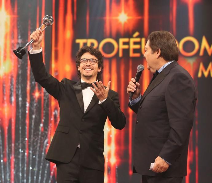 Jesuíta Barbosa foi escolhido Melhor Ator de Série (Foto: Carol Caminha / Gshow)