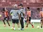 Marcelo comanda treino em Salvador e não revela Galo para encarar Vitória
