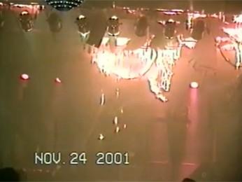 Fogo destrói casa de shows 'Canecão Mineiro', em 2001, em Belo Horizonte (Foto: Reprodução/TV Globo)