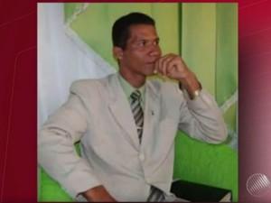 Pastor Edmar é suspeito de ter encomendado crime e está sendo procurado (Foto: Reprodução/TV Bahia)