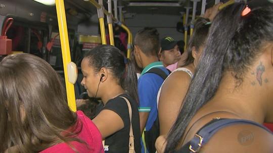 Usuários denunciam lotação, atrasos e quebras nos ônibus de Sertãozinho