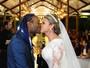 Vagner Love e Lucilene Pires se casam no Rio