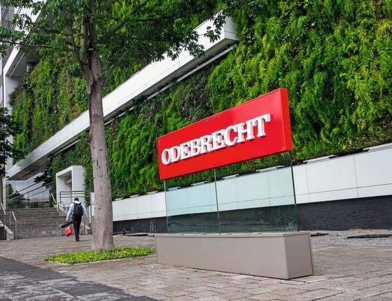 Fachada do prédio da Odebrecht (Foto:  Marivaldo Oliveira/Codigo19/Folhapress)