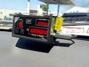 Táximetro (Foto: Carlos Alberto Soares/ TV TEM)