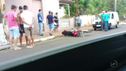 Motociclista morre após bater contra poste em avenida de Catiguá