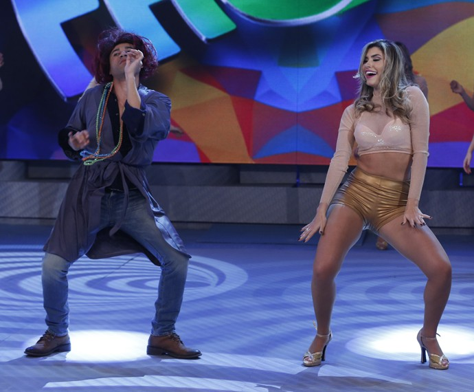 Ator divertiu o público com suas coreografias (Foto: Ellen Soares/ Gshow)