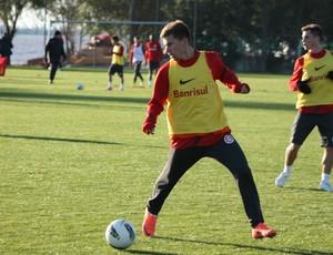 Lucas Lima se destacou entre os reservas e ganhou chance nos titulares (Foto: Diego Guichard/GLOBOESPORTE.COM)