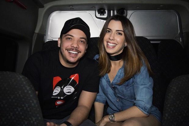 Camila Coutinho entrevista Wesley Safadão (Foto: Divulgação)