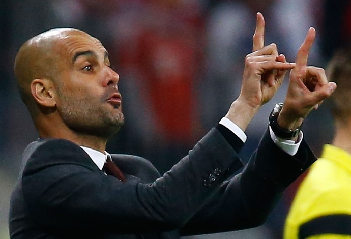 Guardiola, Bayern de Munique x Manchester United (Foto: Reuters)