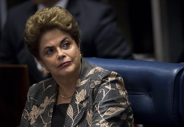 A presidente afastada Dilma Rousseff durante discurso na sessão do Senado que julga o impeachment (Foto: Marcelo Camargo/Agência Brasil)