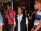 Roberto Carlos prestigia musical no Rio de Janeiro