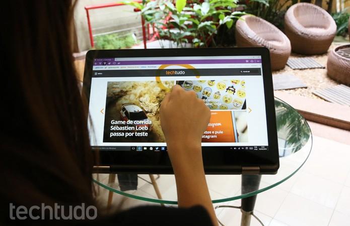 Notebook 2 em 1 da Dell tem tela Full HD e rotação de 360º (Foto: Isabela Giantomaso/TechTudo)